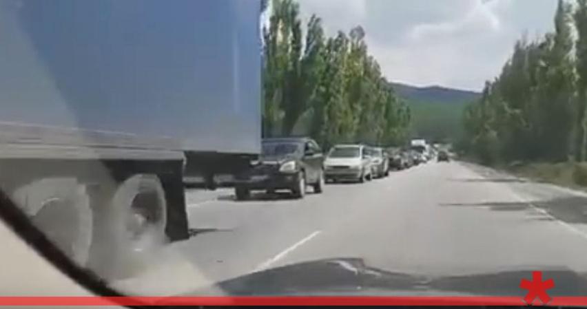ДТП на Керченской трассе собрало 15-километровую пробку