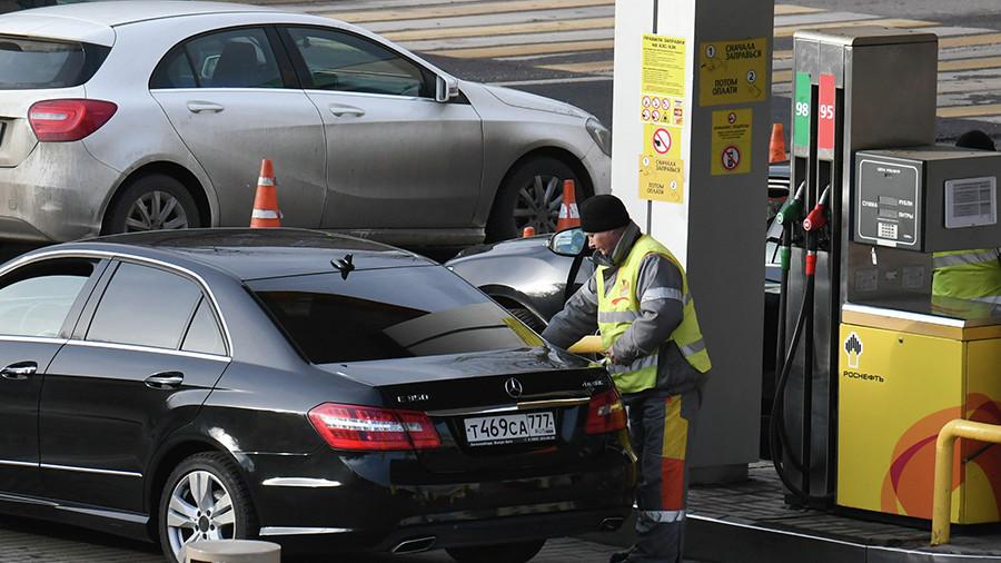 Цены на бензин в 2018 году могут превысить 50 рублей за литр