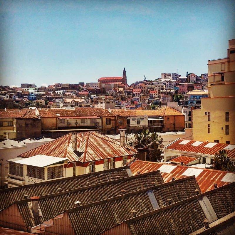Вплоть до XIX века в городе практически не было каменных зданий Антананариву, африка, беднейшие страны, города Мадагаскара, мадагаскар, путешествие, столица Мадагаскара, столицы
