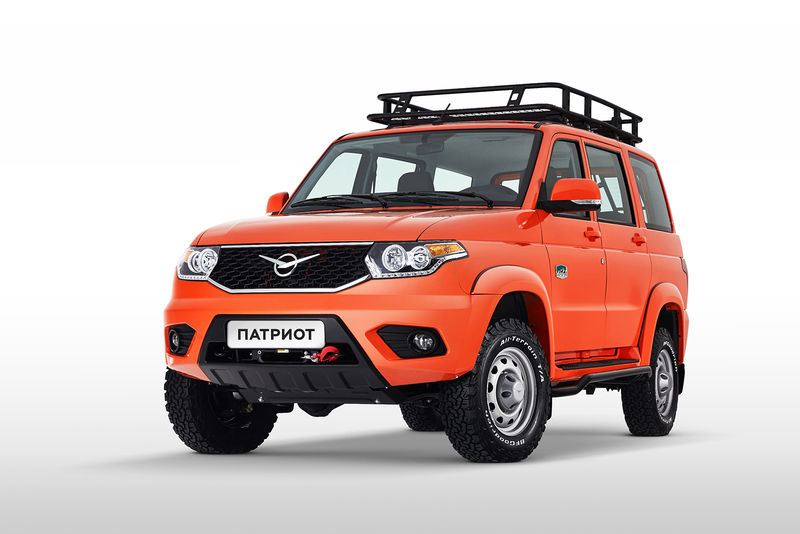 Новая спецверсия УАЗ Патриот: теперь оранжевый (и тюнинг в законе)