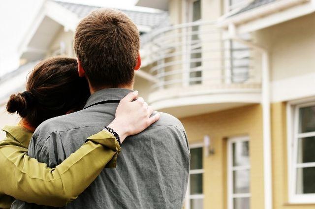 Программа льготной ипотеки для российских семей продлена до 2024 года
