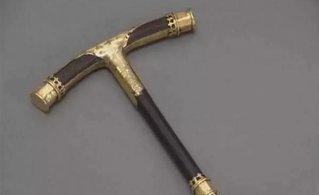 Протоиерей Всеволод Чаплин посмеялся над попыткой «древних укров» украсть священный предмет у Москвы