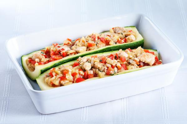 Цукини c крабовым мясом и овощами