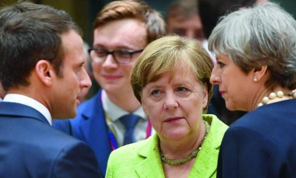 СМИ Британии предрекают революцию в Европе