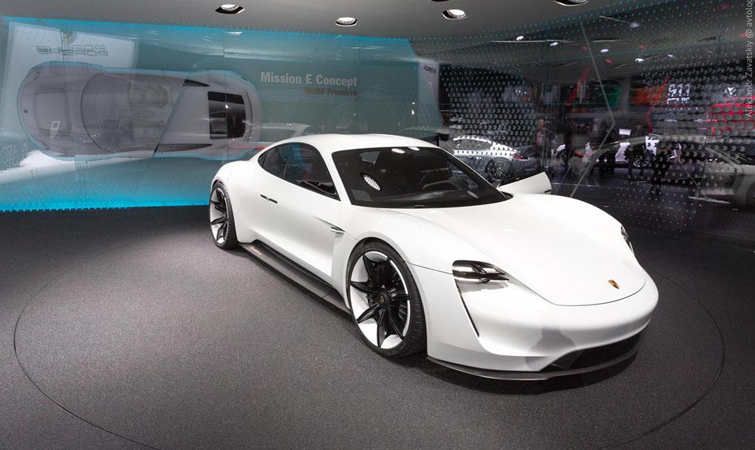 Porsche Mission E: главный враг Tesla