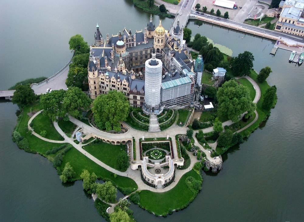 Шверинский замок восхищает с первого взгляда!