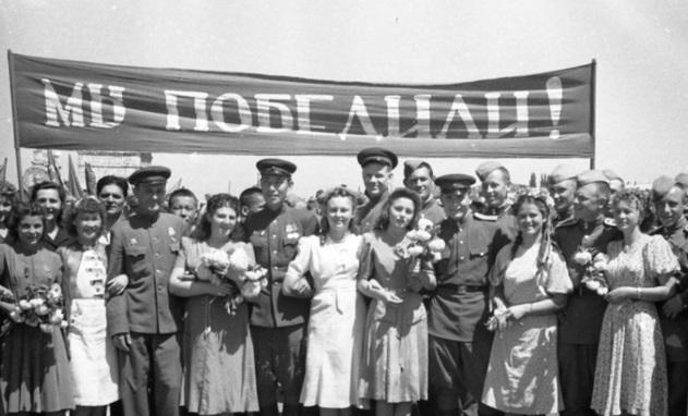 День Победы: почему в СССР 17 лет не отмечали этот праздник