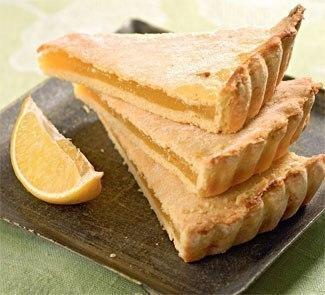 Лимонный, очень нежный пирог