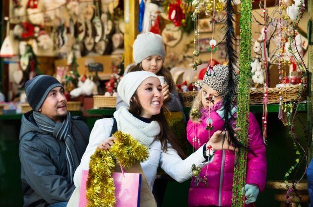 Сэкономят на празднике. Сколько денег россияне потратят на Новый год?