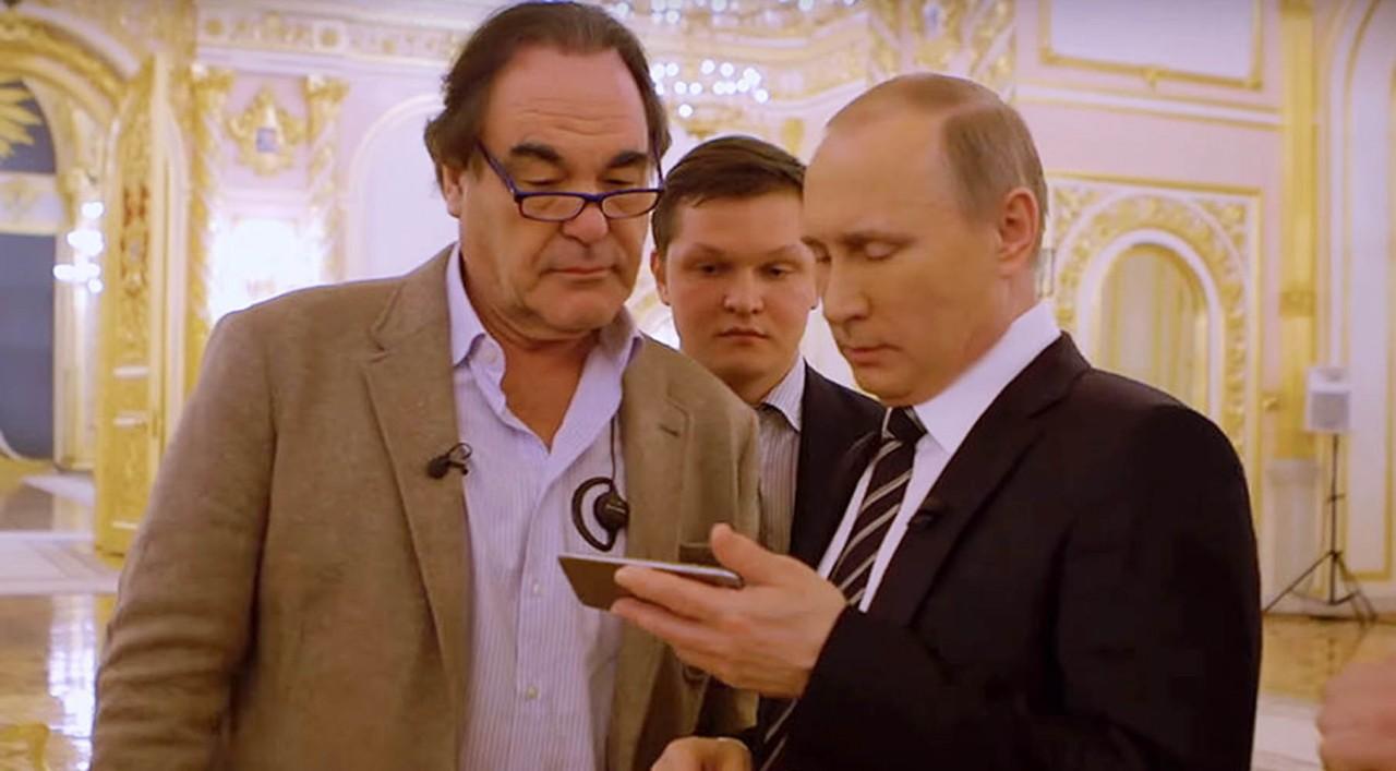«Там нет союзников, есть только вассалы»: Владимир Путин о НАТО в интервью режиссёру Оливеру Стоуну