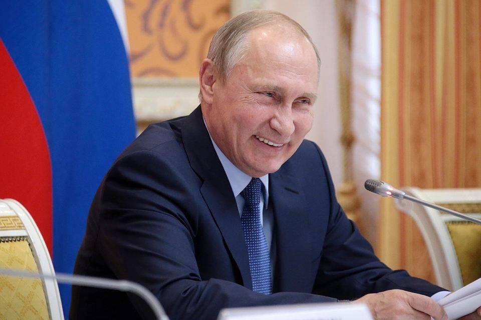 Страшные сказки либералов о Владимире Путине
