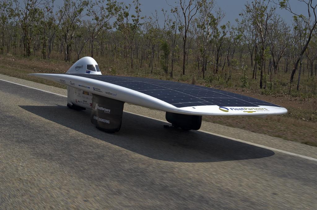 1415 Автомобили на солнечной тяге