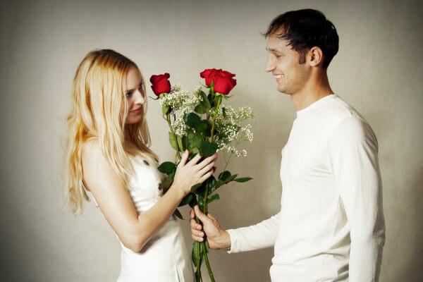 Девушка обиделась, что я не подарил ей цветы на День Влюбленных