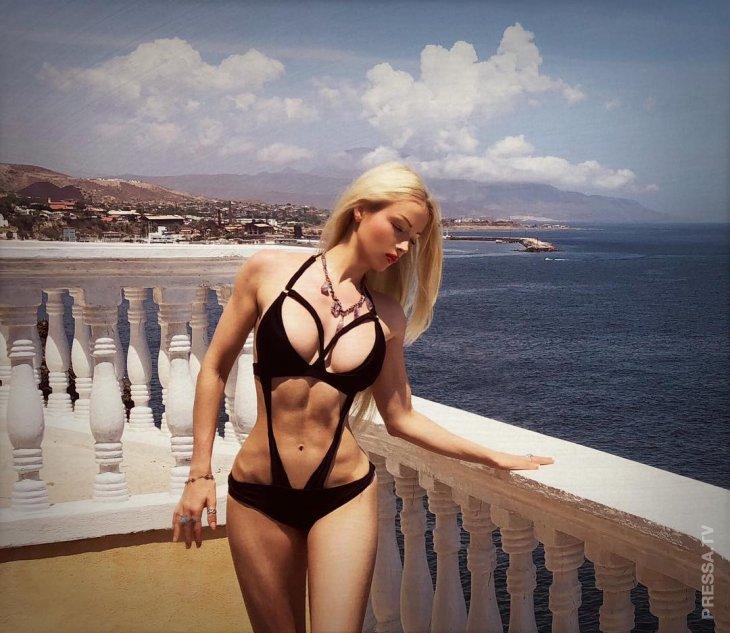 Валерия Лукьянова — одесская Барби на отдыхе в Мексике