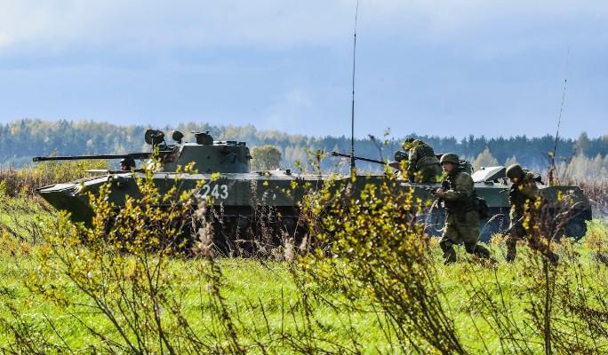 Путин поднял войска по тревоге