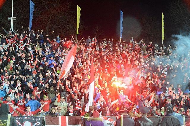 Калужский губернатор считает, что футбольных фанатов стоит запретить