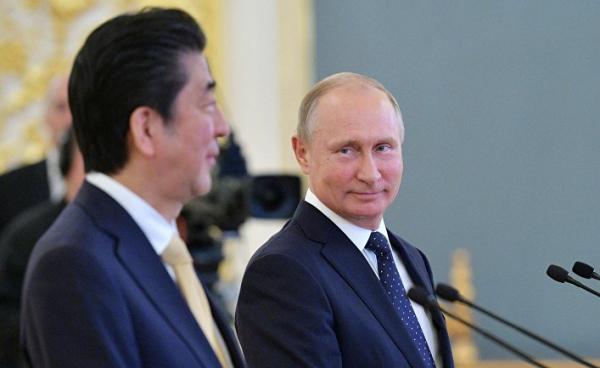 Переговоры ничего не поменяли, Путин смеялся над Абэ не стесняясь