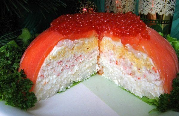 Лучшие рецепты слоеных салатов к празднику