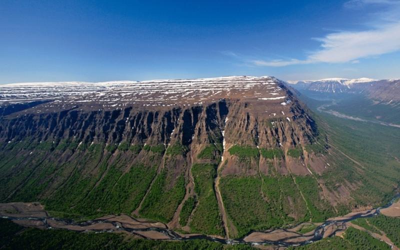 Туристический экстрим: волшебные места планеты, куда трудно добраться, но оно того стоит!