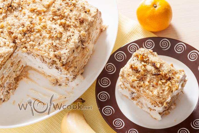 Торт из печенья и бананов со сметаной