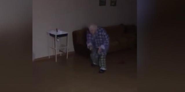 Бил ногой: санитар психбольницы прокомментировал издевательства над пациентом