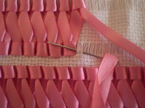 Вышивка лентами — идеи для вышивания на полотенцах, салфетках, скатертях