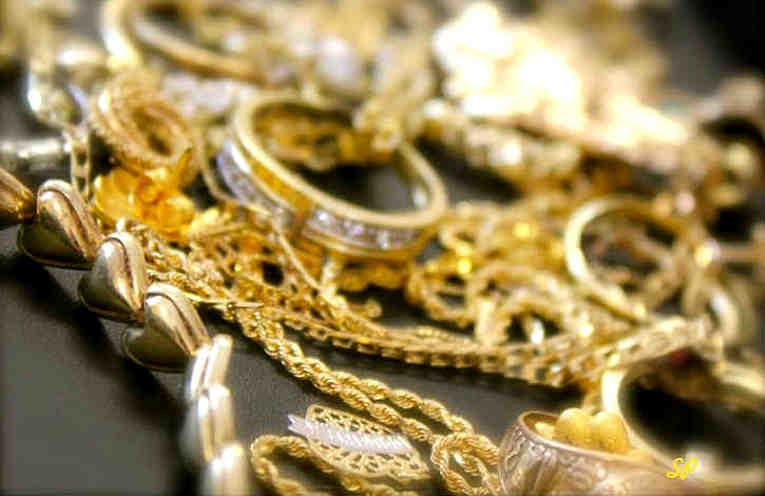 Как почистить ювелирные украшения из серебра и золота