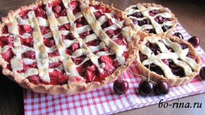 Открытый пирог с клубникой (черешней) или итальянская клубничная пита