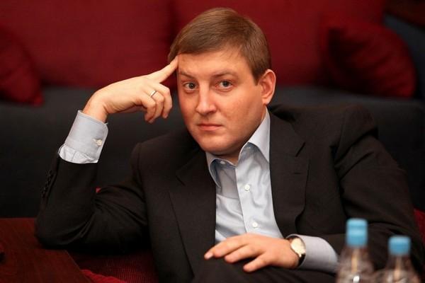 Завтра в Крым приезжает глав…