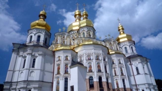 Церковь может запросто лишить Украину вожделенного «безвиза», причём, с помощью самого же Порошенко