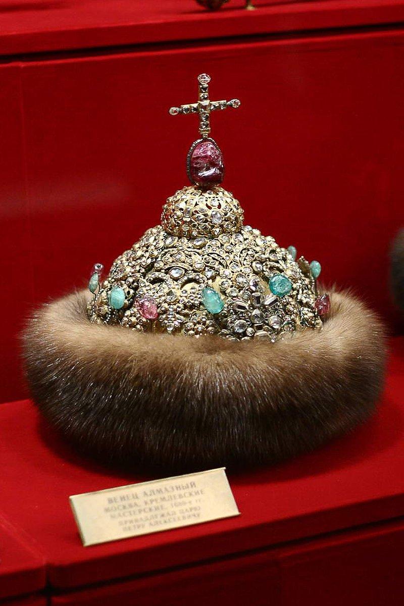 Венцы и короны Российских правителей