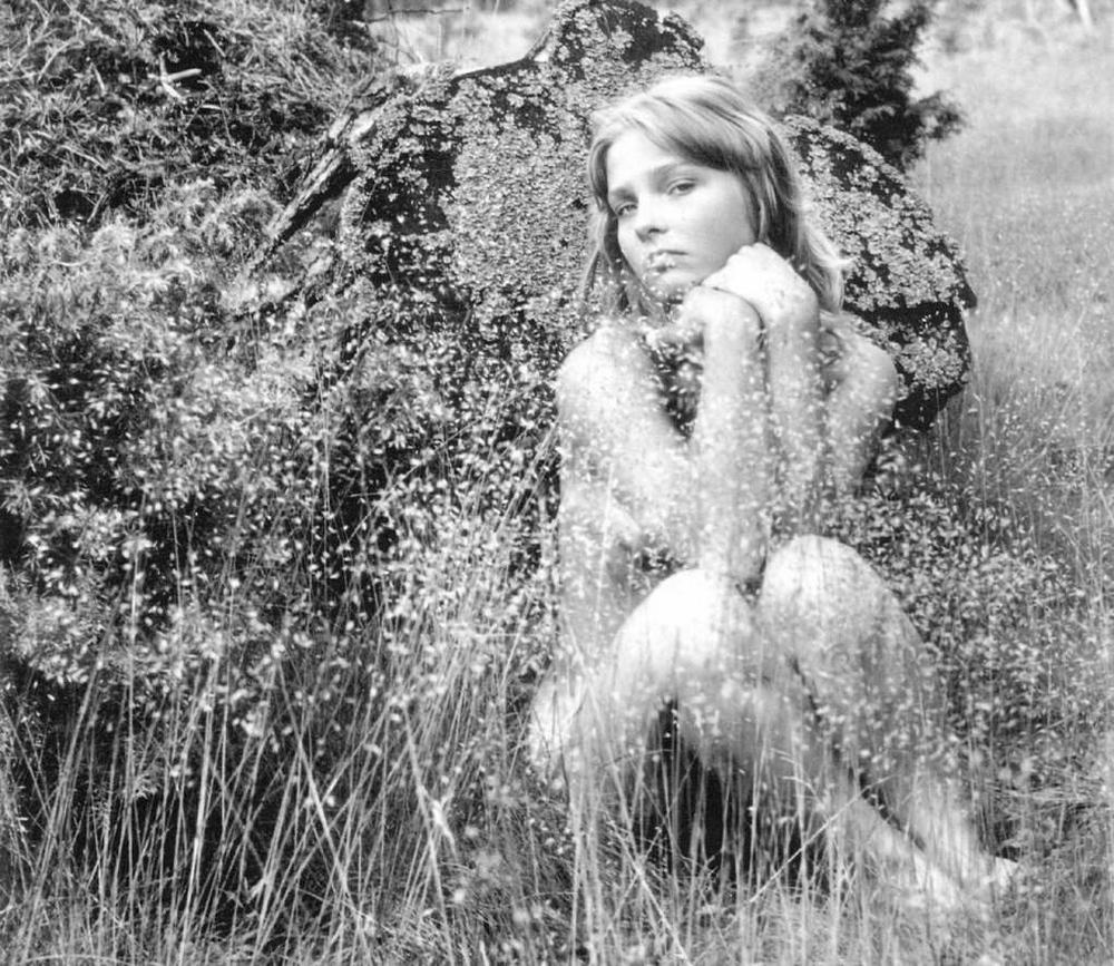 «Цветы среди цветов» Римантаса Дихавичюса – первые фотографии ню в СССР 4