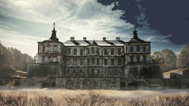 7 потрясающих заброшенных замков 3