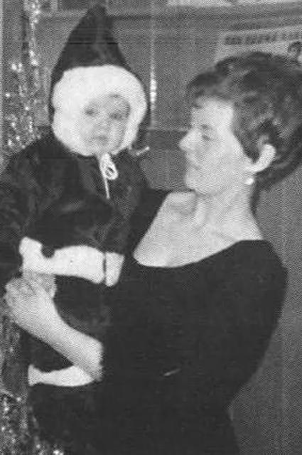Селин Дион с мамой. 1969 год