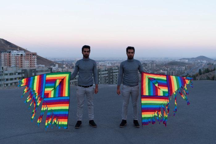 26 летние близнецы Бехзад – фитопатолог и Бехнам – бизнес–администратор. Автор фотографии: Шива Хадеми.