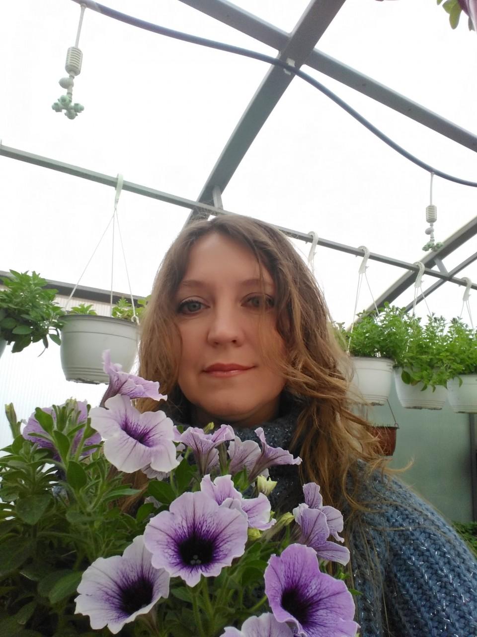 Елена Шевелева: «Могу написать книгу, как заработать на 12 сотках»