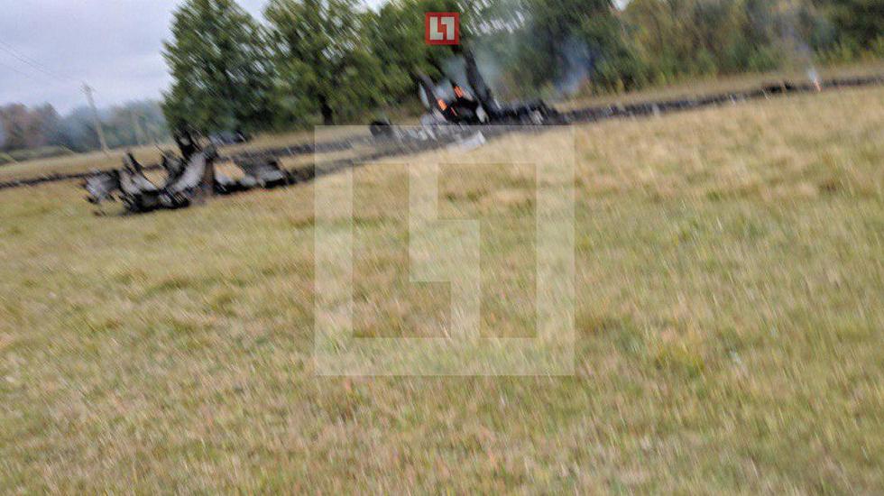 Развалился и выгорел. Появились первые фото с места крушения МиГ-31