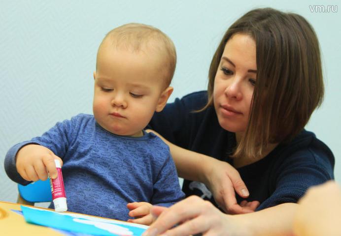 Молодые мамы, учащиеся и студенты получат обновленную карту москвича первыми