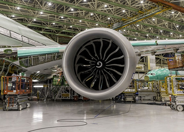 Крупнейший авиадвигатель про…