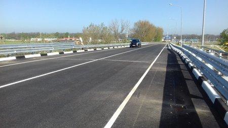 Обновленный путепровод на трассе А-160 Майкоп – Усть-Лабинск – Кореновск открыли