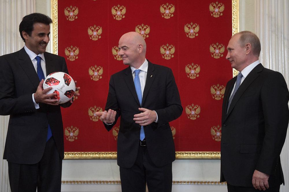 Россия передала Катару мяч чемпионата мира