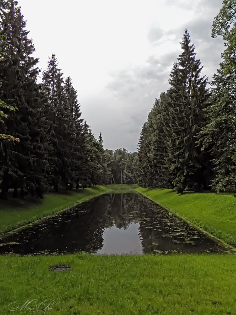 Ораниенбаумский променад. Часть вторая. Вокруг Большого Меньшиковского дворца и дворец Петра III.