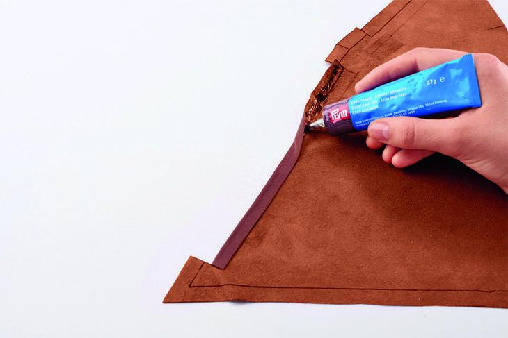 Как сшить кожаную сумочку-пирамидку