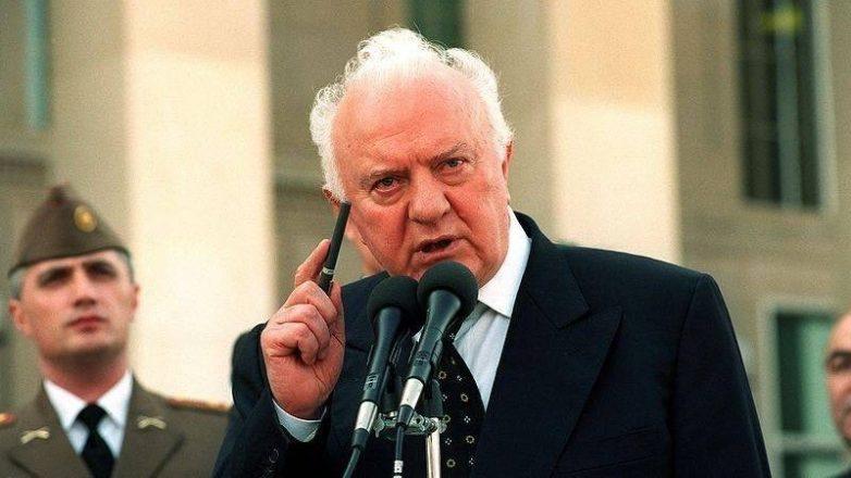 «В войне с СССР нам помогал …