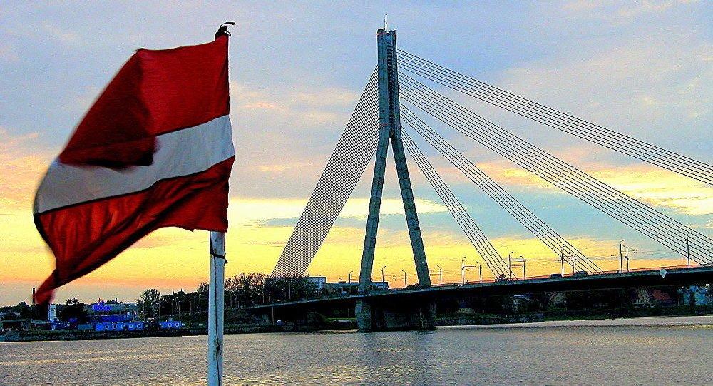 Почему Латвия внезапно захотела отмены санкций против России