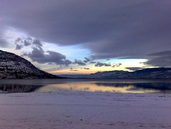 Самые известные озера мира , в которых обитают таинственные  чудовища