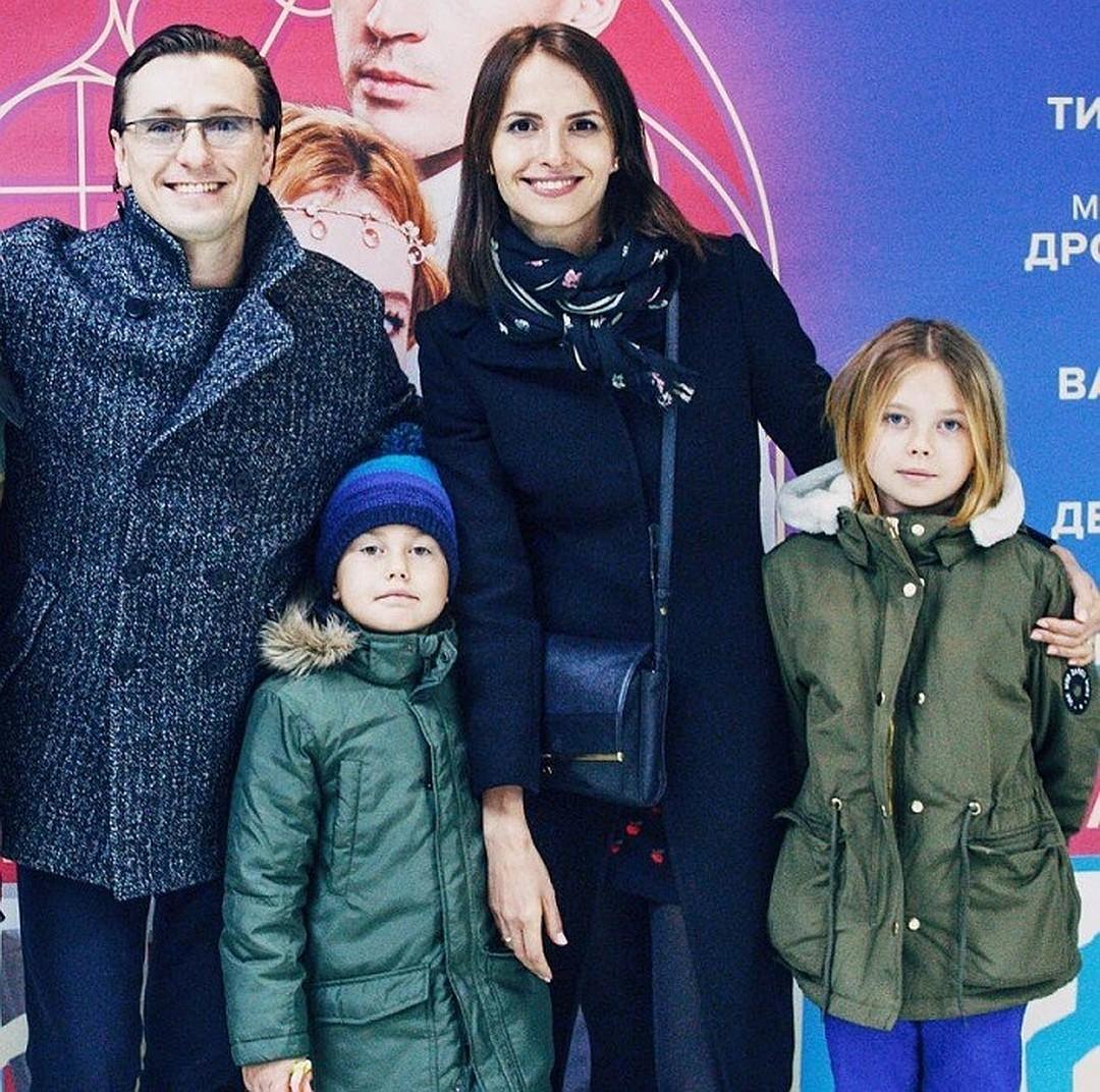 Сергей Безруков отправил вне…
