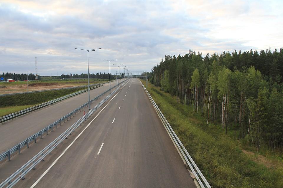 «Автодор» назвал стоимость проезда по трассе Москва — Санкт-Петербург