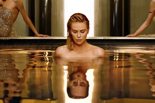 Шарлиз Терон снялась обнаженной в новой рекламе Dior: первые кадры из тизера