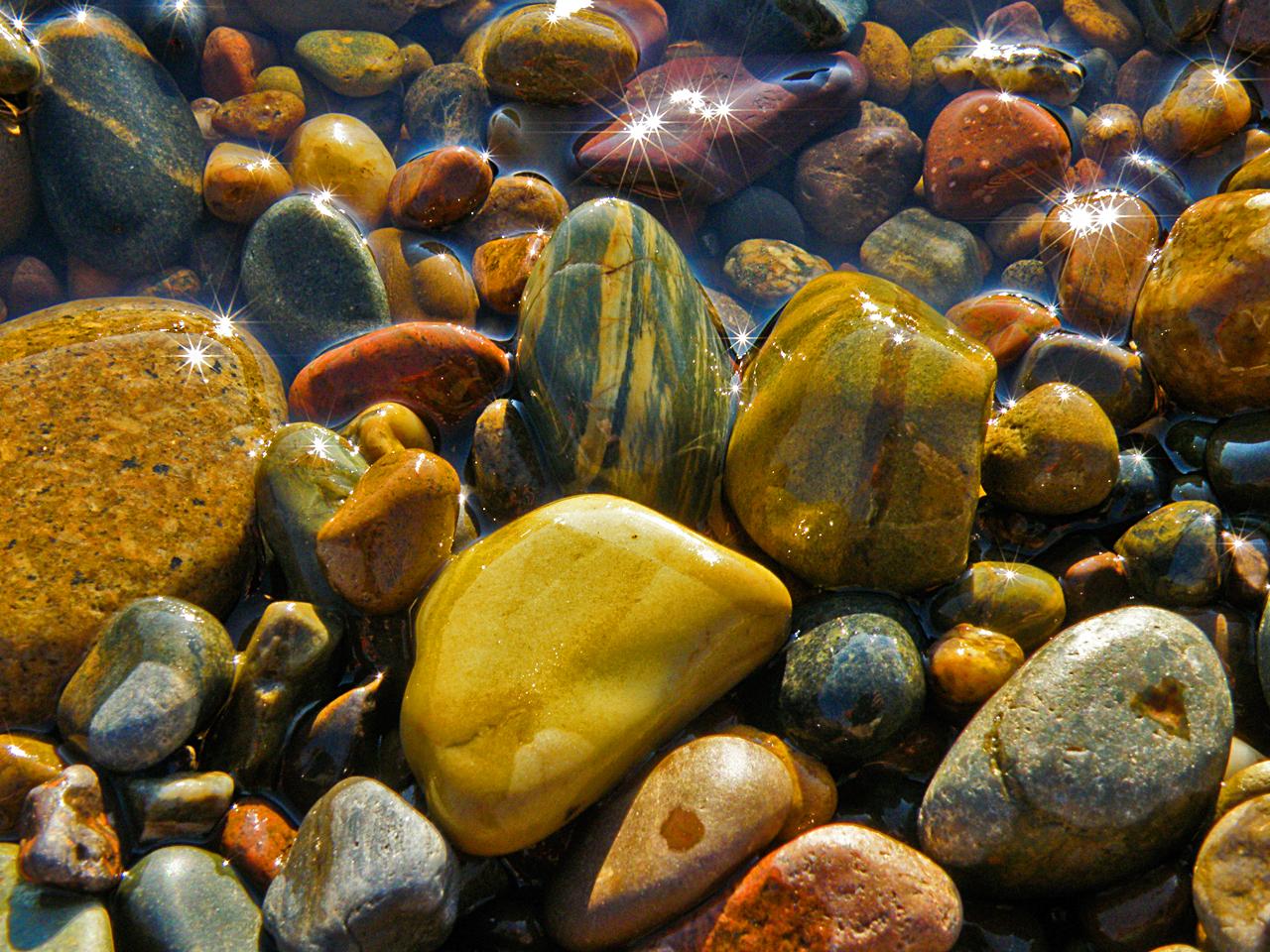 Речные камни фото